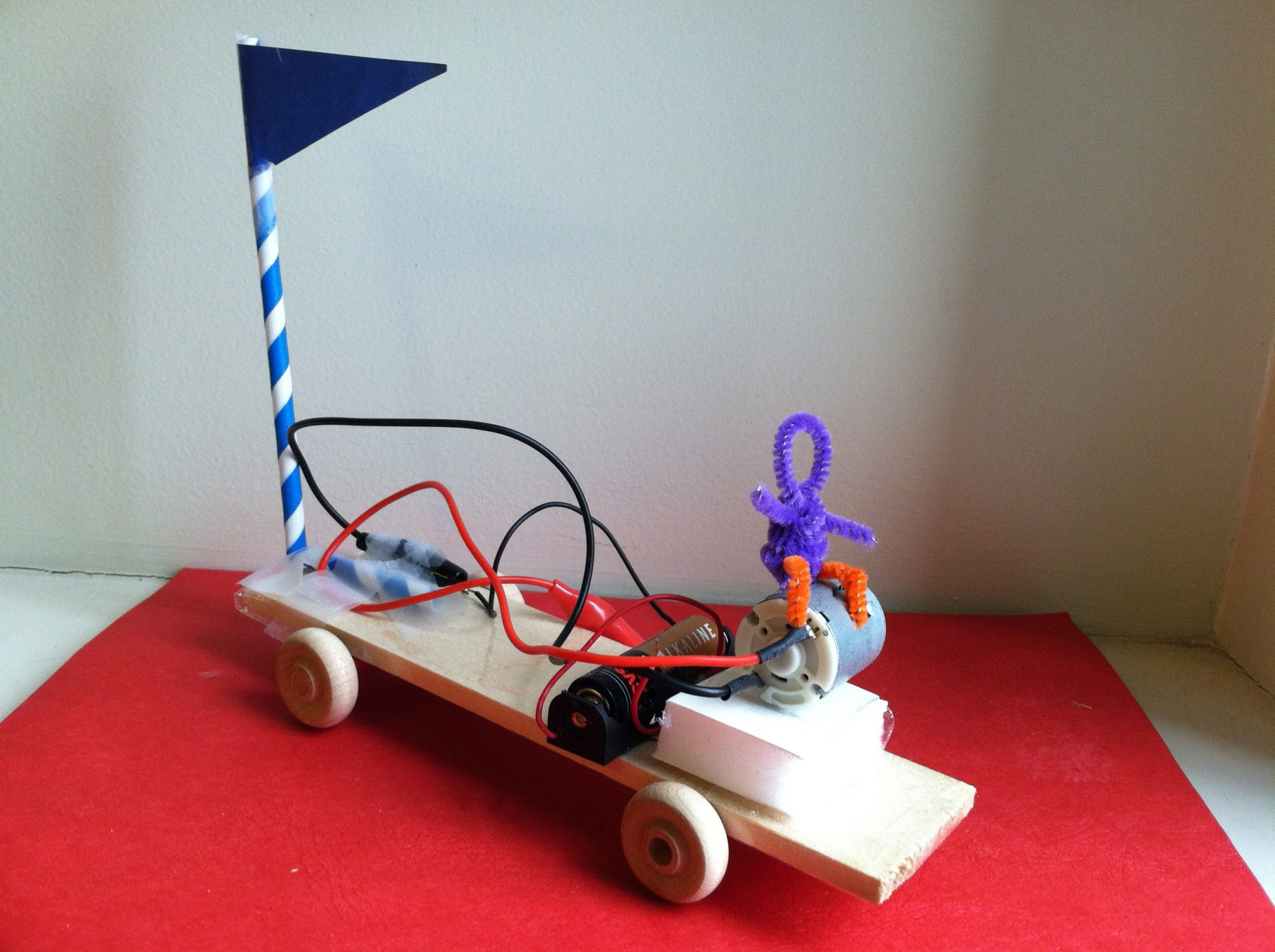 Motorized Pulley-Powered Vehicle